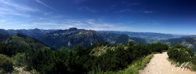 Blick vom Iseler Richtung Österreich